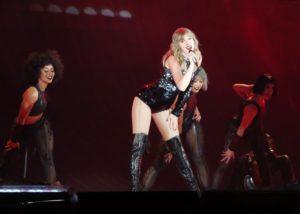Taylor Swift-Taylor Swift Reputation Tour-Taylor Swift Columbus-Ohio State-Ohio State Buckeyes