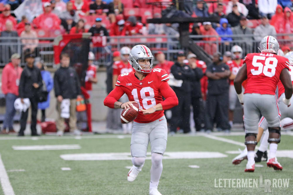 Tate Martell throwing-Tate Martell-Ohio State Buckeyes-Ohio State quarterback-Ohio State